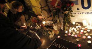 Après les fusillades de Copenhague, un rassemblement à Paris pour dénoncer « de nouvelles formes de fascisme »
